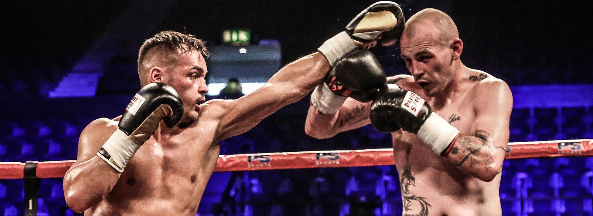 Patrick Wojcicki gegen Daryl Sharp - Deutscher Profiboxer im Team Sauerland